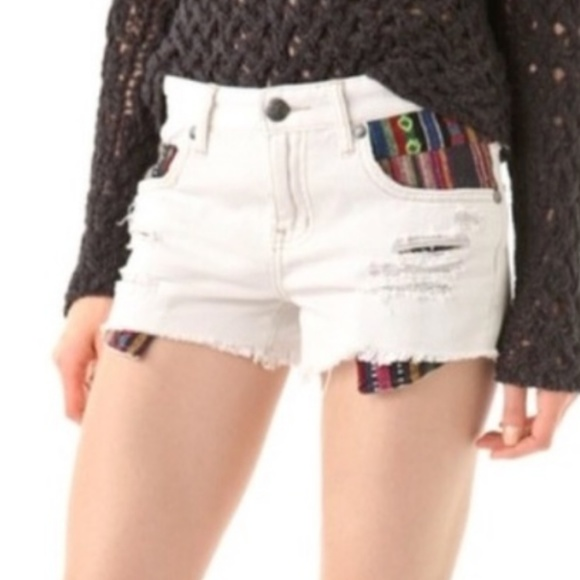 Free People Pants - Free People Baja Jean Shorts 30 EUC Blanket Pocket